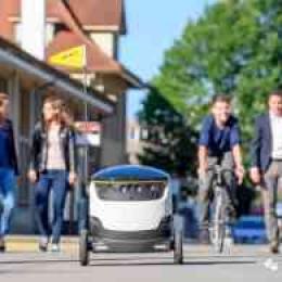 黑科技,加州一大学已经实现机器人送外卖,每天订单过百